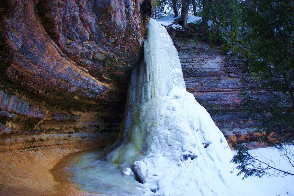 Top 5 Spectacular Munising Waterfalls To Visit In The Winter Munising Visitor S Bureau